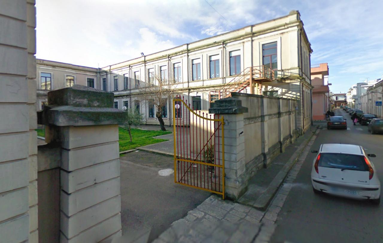la scuola primaria Ruggero de Simone